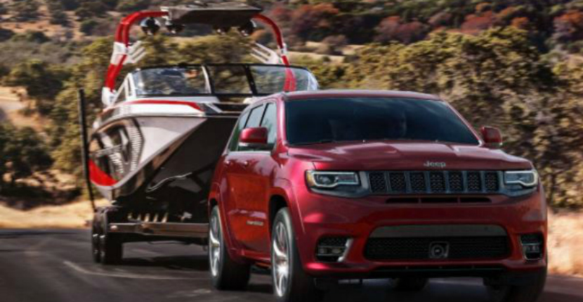 2017 Jeep Grand Cherokee SRT Blends High-Performance with Jeep comfort