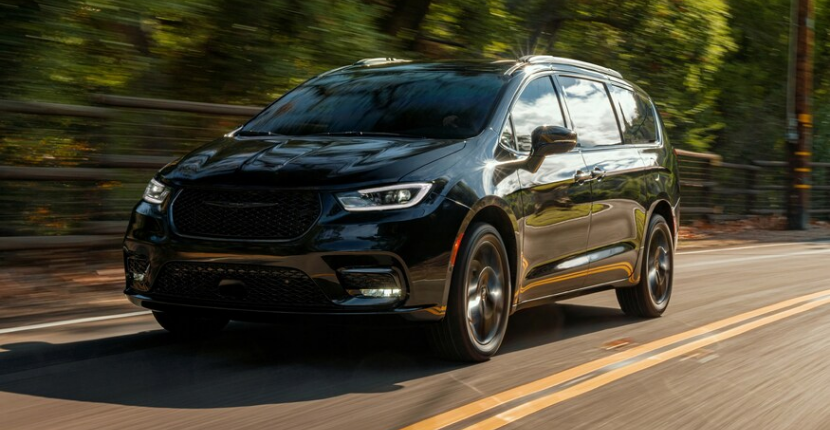 Chrysler Pacifica Gets All-Wheel-Drive